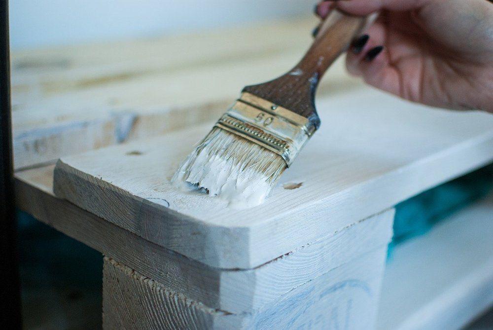 Guide til at vælge den rette fagmand til spartling af vægge